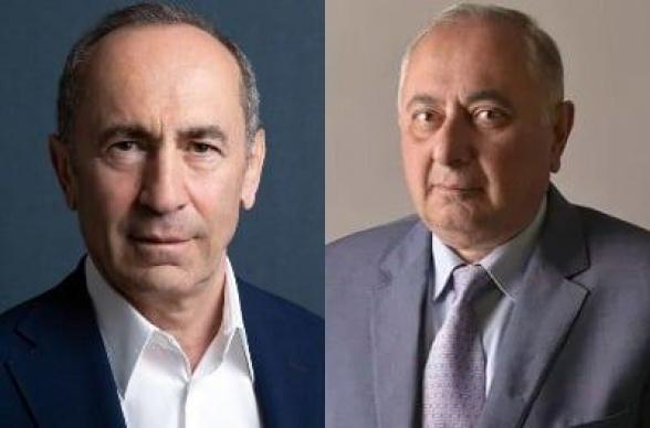 Роберт Кочарян навестил Армена Чарчяна
