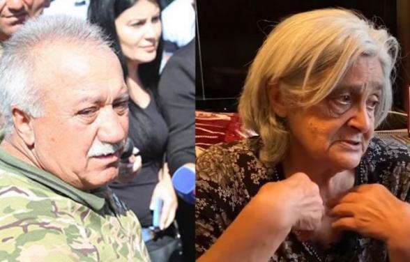 Սասուն Միքայելյանը Արցախի հերոս Դավիթ Առուշանյանի մորը՝ տիկին Լիդային, ով մինուճար որդուն է տվել Արցախի համար, այսօր մեղադրեց Արցախը ծախելու մեջ (տեսանյութ)