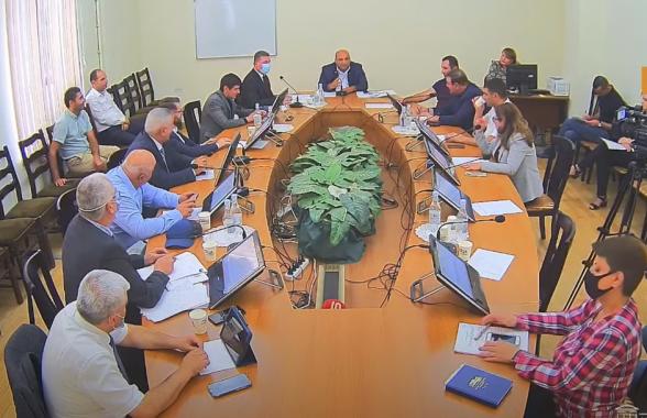ԱԺ տարածքային կառավարման մշտական հարցերի հանձնաժողովի արտահերթ նիստ (տեսանյութ)